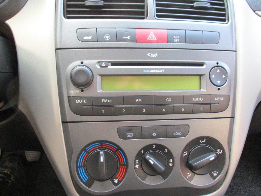 Geuchtwagen: Fiat Grande Punto 1.3 16V Multijet Dynamic ... on fiat x1/9, fiat barchetta, fiat coupe, fiat 500 turbo, fiat ritmo, fiat spider, fiat marea, fiat cars, fiat 500 abarth, fiat multipla, fiat seicento, fiat bravo, fiat linea, fiat stilo, fiat panda, fiat cinquecento, fiat 500l, fiat doblo,